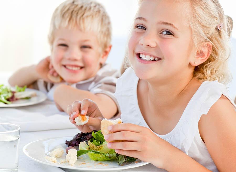 Dietetyczne nawyki, które chronią dzieci przed próchnicą